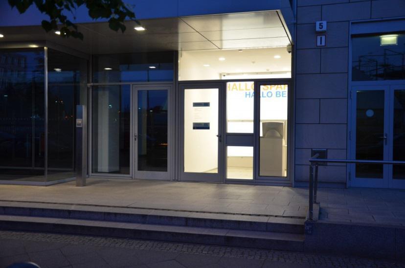 Außenansicht Sparda Bank Filiale Nordbahnhof Berlin